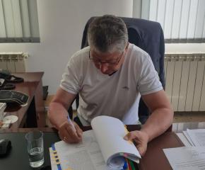 Подписан е договор по нов проект на Местната инициативна група в община Тунджа