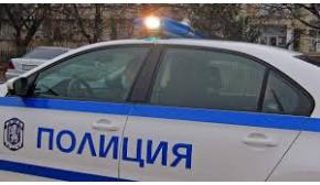 Полицай спаси жена, скочила от мост