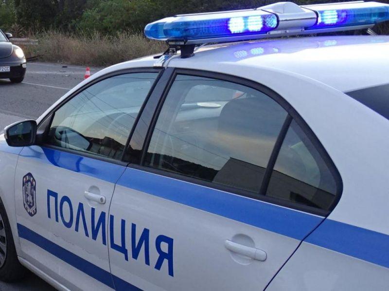 """Служители от РУ-Ямбол разследват кражба от частен имотв местността """"Нови лозя"""". На 25 септември в полицията е постъпил сигнал, че за времето от 16 до..."""