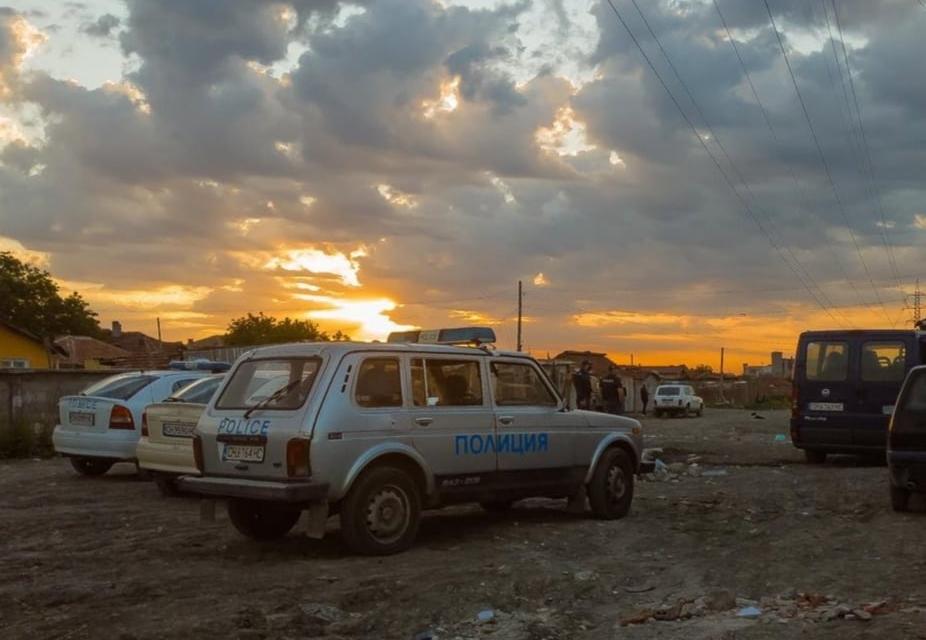 """Спецакция срещу наркоразпространението е проведена на 12 май на територията на РУ-Нова Загора. Криминалисти на участък """"Кв.Шести"""", служители от РУ-Нова..."""