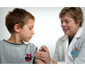 В понеделник пристигат противогрипните ваксини