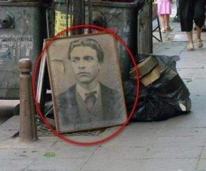 Портрет на Апостола, изхвърлен на боклука, взриви социалните мрежи