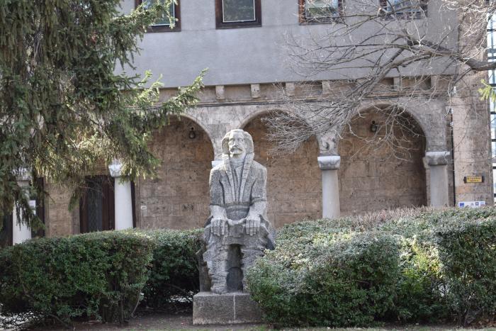 Във Велико Търново Световният ден на архитектурата ще бъде посветен на 220-годишнината от рождението на майстор Колю Фичето, съобщава БТА. На 5 октомври...