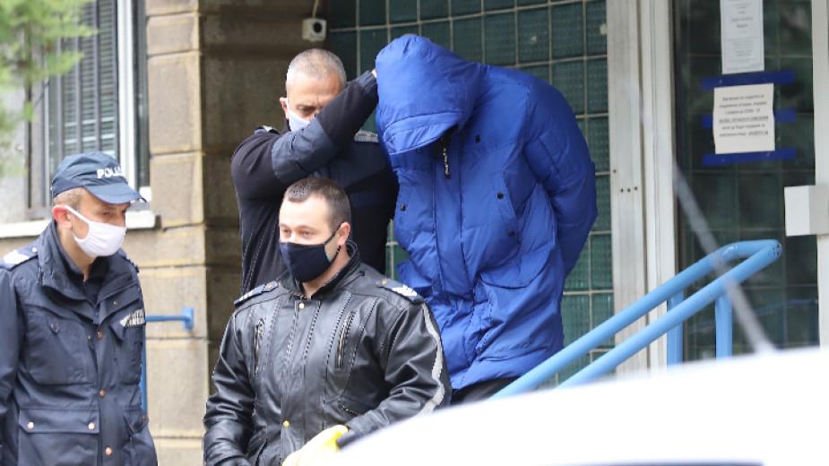 Софийска градска прокуратура преквалифицира обвинението спрямо Кристиан Николов, като на същия е предявено ново, по-тежко обвинение за извършено от него...