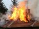 """Пожарникари спасиха къщата на 70-годишна жена в местността """"Среди дол"""""""