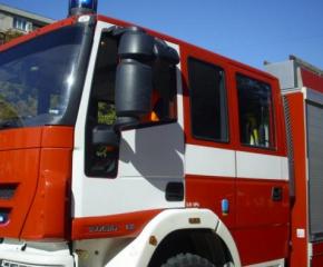 Пожарникарите в Сливен се отзовали на 14 сигнала за два дни
