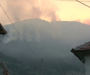 Пожарът край Твърдица е под контрол
