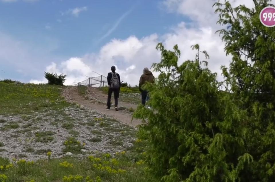 """На 5 юни отбелязваме Световния ден на околната среда. Той насочва вниманието на всички към природата и нейното опазване. Природен парк """"Сините камъни""""..."""