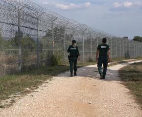 Пращат армия по границата при увеличен миграционен натиск