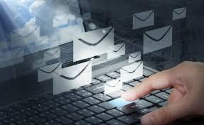 """За фалшиви електронни съобщения от името и/или с логото на """"Български пощи"""" предупреждават от дружеството. Измамните писма са под формата на анкети или..."""