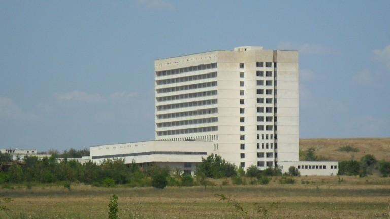 Обещаните от правителството милиони левове за довършването на така наречената Нова болница в Ямбол няма да дойдат тази година. Днес министерският съвет...