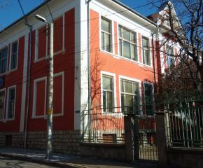 Правителството отпусна средства за физкултурните салони на две сливенски училища