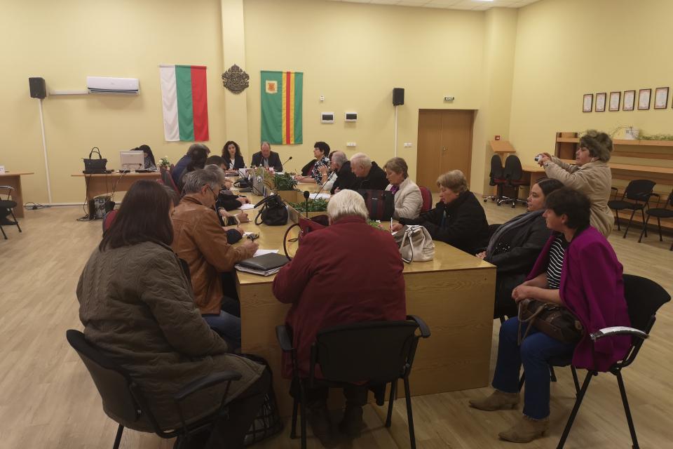 В заседателната залата на община Болярово се проведе обсъждане с фокус-група на добрите практики в областта на социалните иновации в сферата на културното...