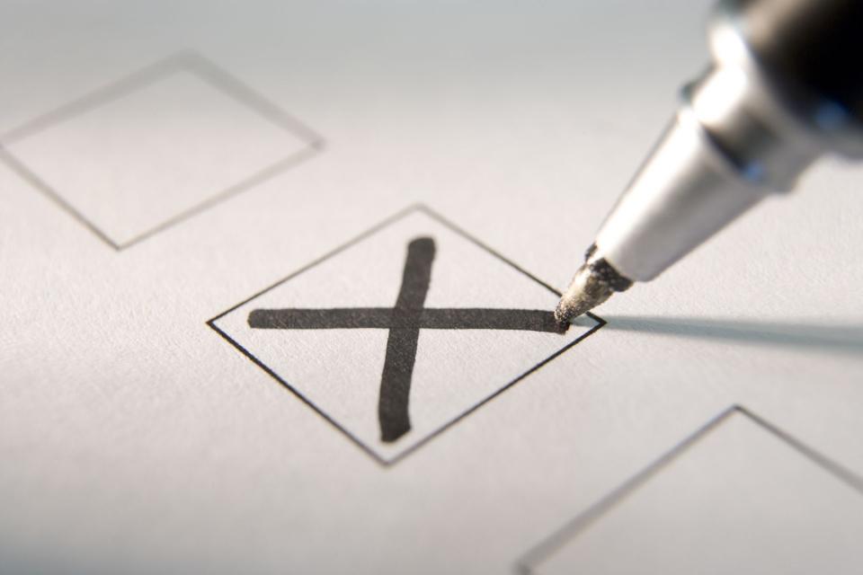 На тези избори над 36 000 са кандидатите за кметове и общински съветници в цялата страна. За сравнение на предишните местни избори те са били значително...