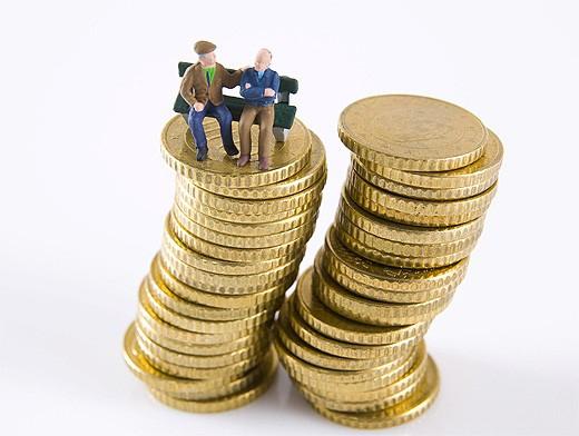 Да се ограничи достъпът до схеми за ранно пенсиониране. Това е една от мерките, които социалното министерство предлага за преодоляване на дефицита в пенсионната...