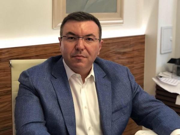 Ще направим предложение да бъде удължена епидемичната обстановка с 3 месеца. Това заяви в отговор на въпрос министърът на здравеопазването проф. Костадин...