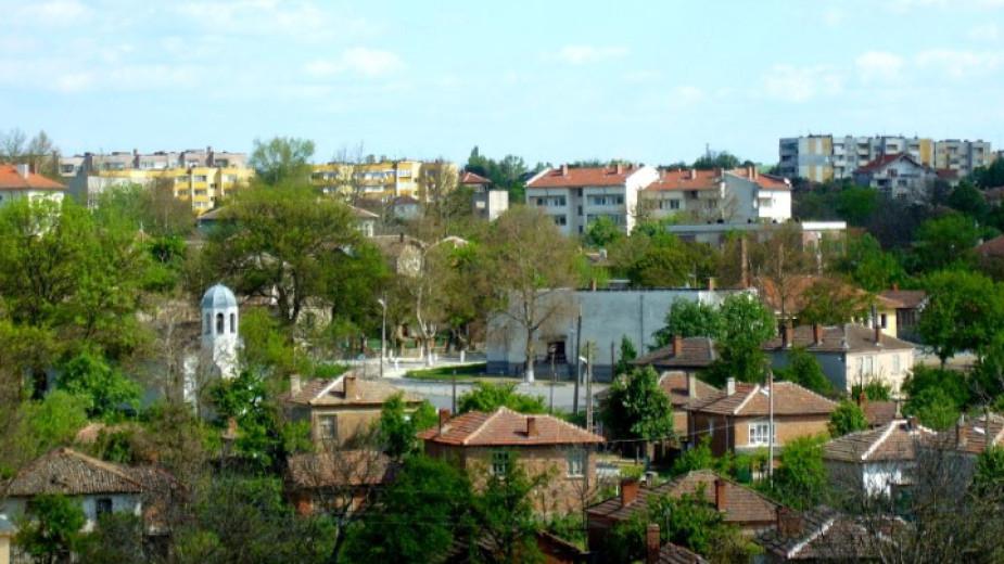 Проблемът с безводието в страната е на път да засегне и община Болярово и по-конкретно селата Горска поляна и Вълчи извор, коментират специалистите. Общинската...