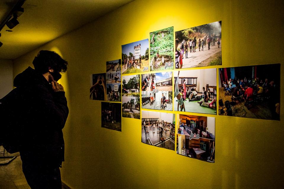 """Боляровското село Воден е представено в изложбата """"Какво следва?"""", която бе открита на 21януари в столичната галерия Credo Bonum. Изложбата е кураторски..."""