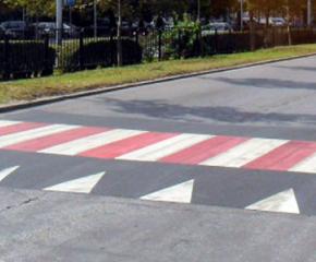 Предстои осветяване на всички повдигнати пешеходни пътеки