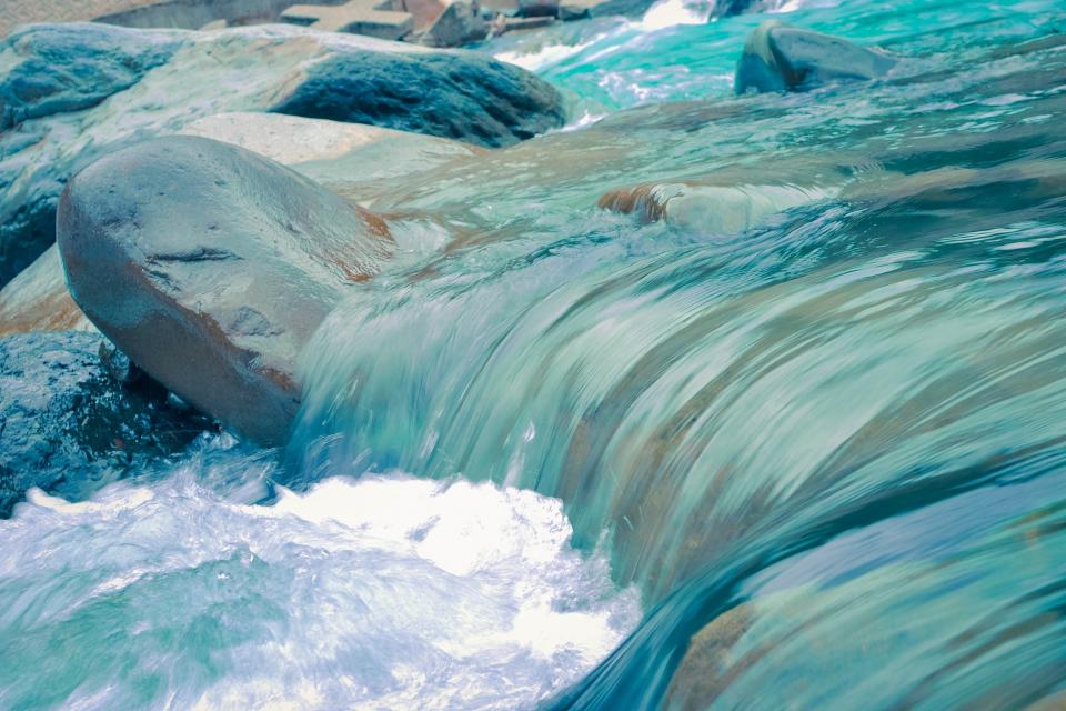 """Пресъхнаха реките към Копринка. Според последната официална справка за водите в язовир """"Копринка"""" в него има – 17,269 млн. м3 вода, което е 12,14% от общия..."""