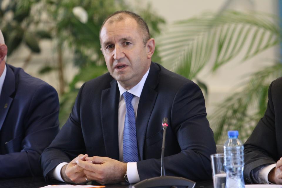 Обездвижването сред младите хора в България се превръща във все по-значимо предизвикателство на нашето съвремие, заяви президентът Румен Радев при представянето...