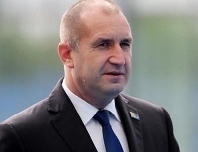 Държавният глава Румен Радев днес ще посети Болярово и Тополовград. Той ще поднесе цветя пред Паметника на загиналите във войните за национално обединение...