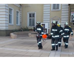 """При тактическо учение пожарникари """"гасиха"""" НЧ """"Съгласие"""""""