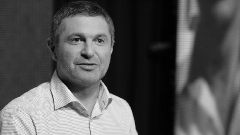 Приключи разследването засмъртта на журналиста Милен Цветков. От прокуратурата съобщиха, че са изготвени всички, свързани с разследването експертизи,...