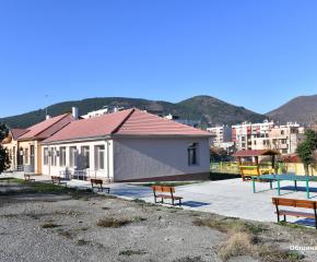 """Приключи ремонтът на бившето училище """"Хаджи Димитър"""" в Сливен"""