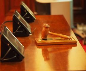 Пробация за две жени, нарушили извънредните мерки