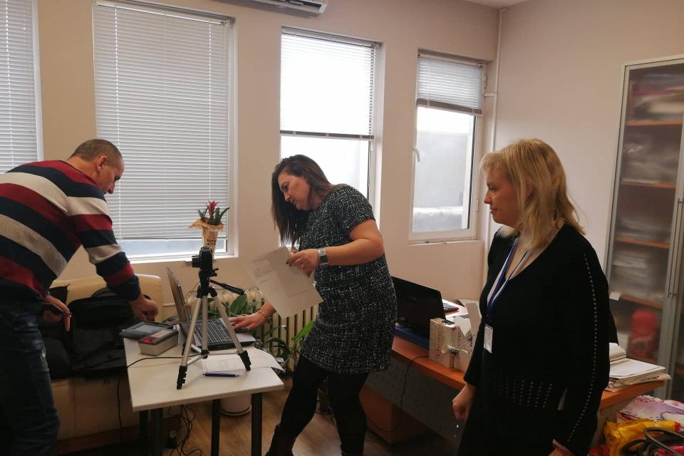 През 2020 година малко повече от 22500 жители на област Сливен трябва да подновят личните си карти. За да се избегнат опашките, чакането и натоварването...