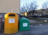"""На територията на град Сливен функционира системата за разделно събиране на отпадъци от опаковки и рециклируеми материали на """"Екобулпак България"""". Тя включва..."""