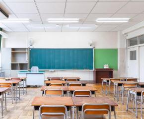 Пролетната ваканция за учениците до 11-и клас си остава от 3 до 11 април