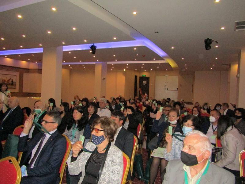 Секретарят на Община Сливен и председател на Националната асоциация на секретарите на общини в България Валя Радева участва в 30-то редовно Общо събрание...