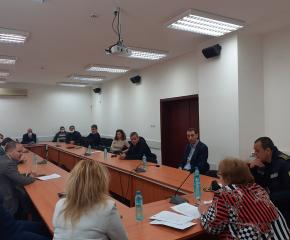 Проведе се среща между областния управител и големите работодатели и директори на предприятия в Ямбол