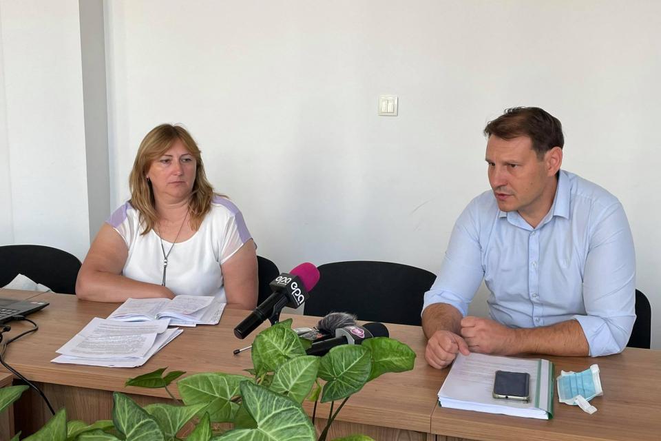 Днес в Областна администрация Ямбол се проведе заседание на Областния медицински съвет, което бе свикано с цел представяне на Националния оперативен план...