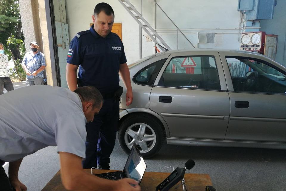 ОДМВР-Сливен извършва контрол по отношение на моторни превозни средства с поставени шумоусилващи устройства или с ниво на шума над разрешеното. Проверките...