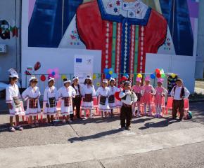 С раници и помагала си тръгнаха от лятното училище децата в Кукорево и Завой