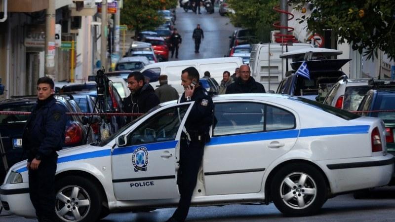 Полицията в Солун е заловила 12 души за търговия с бебета. Сред задържаните са местен адвокат и лекар. Разследването е установило участието на десетки...