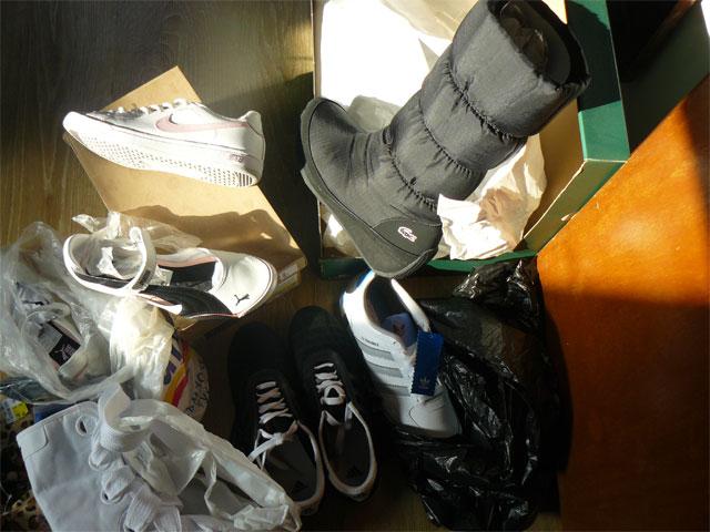 """Криминалисти на участък """"Надежда"""" задържаха извършители на кражба от търговски обект в Сливен.  В края на месец ноември от търговски обект в квартал """"Надежда""""..."""