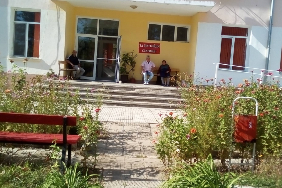 22 ще са избирателните секции на територията на община Болярово на предстоящите парламентарни избори. Това разбра 999 от решение на Районната избирателна...
