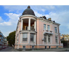 Регионалната библиотека в Сливен с над 250 посетители  в първия си работен ден