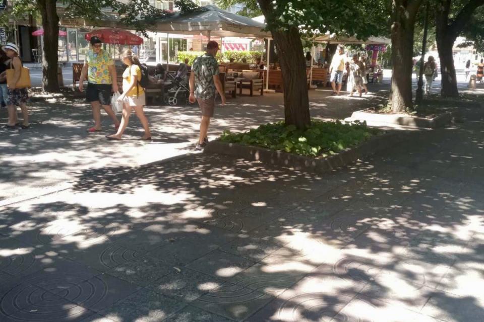 """На 18 август, сряда, от 10:30 часа на улица """"Търговска""""№2 /между зелените площи и сградата, в която се помещава Инспекция по труда/ ще се състои официална..."""