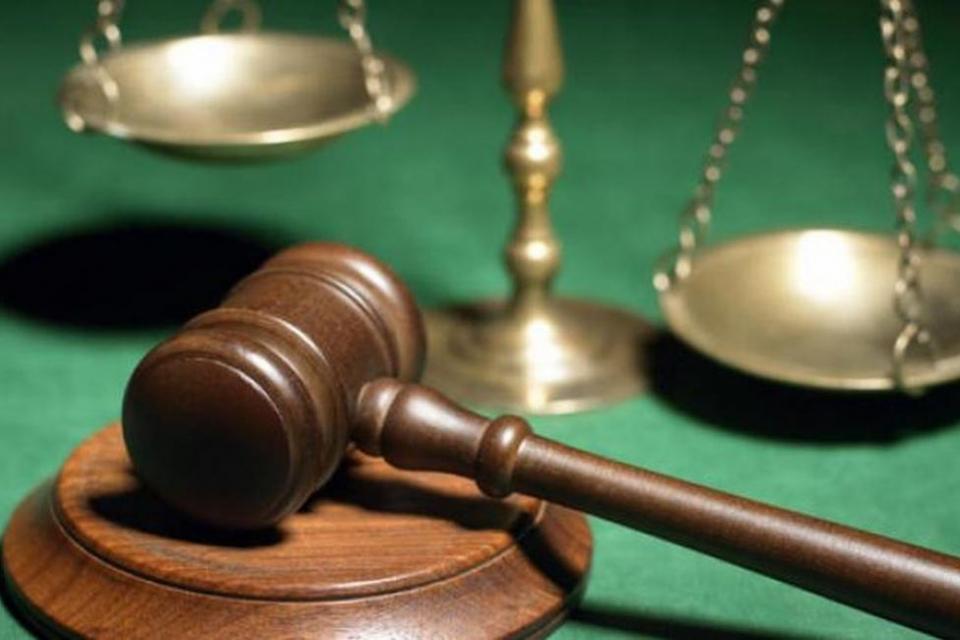 По искане на Районна прокуратура – Ямбол бе задържан под стража Димитър К. Той е обвинен за това, че противозаконно е отнел сумата от 400 лева от владението...