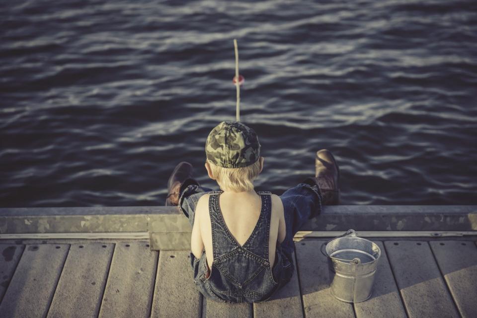 Въвежда се валиден билет за любителски риболов във водите на Черно море, предаде OffNews.. Това предвижда Проект на Закон за изменение и допълнение на...
