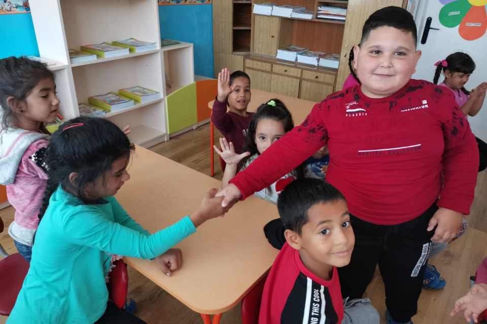 По искане на родители в община Болярово въвеждат задължителна предучилищна подготовка на 4-годишните деца още през новата учебна година. Решение за това...