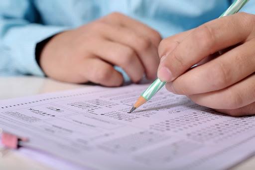 В писмо до министъра на образованието и науката Красимир Вълчев родители на седмокласници, на които предстои явяване на Национални външни оценявания (НВО)...