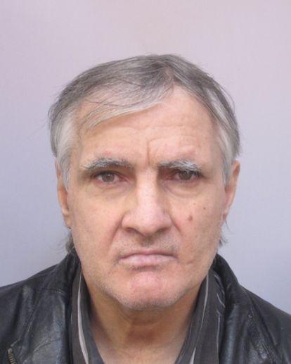 РУ-Сливен издирва лицето Андрей Димитров Андреев, на 55 години от град Сливен, който в неизвестност от 7 октомври. За последно е видян около 10,00 часа...