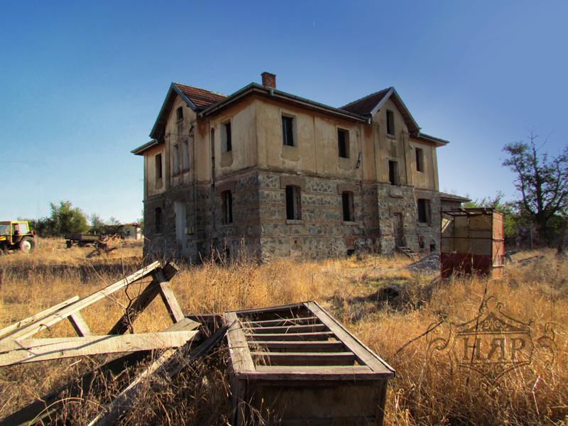 Жителите на боляровското село Странджа отново отправят искания за разкриването на митнически пункт с турското селище Малкочлар. Това съобщи кметският наместник...
