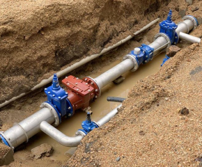 Селскостопанска техника разкъса главния водопровод на Стралджа